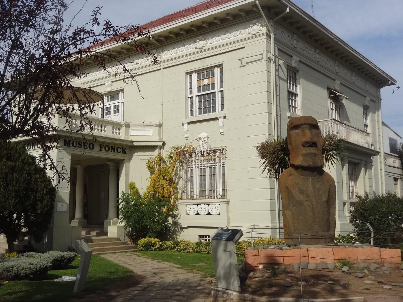 Museu Fonck, importante museu de Viña del Mar que preserva fósseis da região, da Ilha de Páscoa e dos Andes