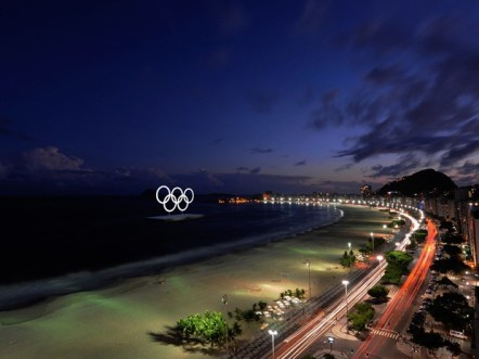 aros_noite Especial Olimpíadas no Rio 2016   O Guia Completo