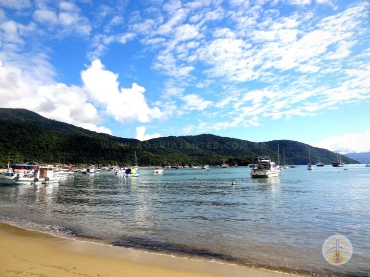Como-chegar-a-Ilha-Grande-e-onde-se-hospedar-praia Como chegar a Ilha Grande e onde se hospedar (em detalhes!)