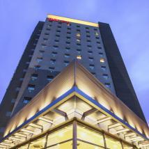 onde-ficar-em-santiago-do-chile-melhores-hotéis-ibis-fachada Onde ficar em Santiago do Chile melhores hotéis !