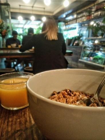 Um-dos-melhores-hostels-da-África-do-Sul-cafe-da-manha Um dos melhores hostels da África do Sul