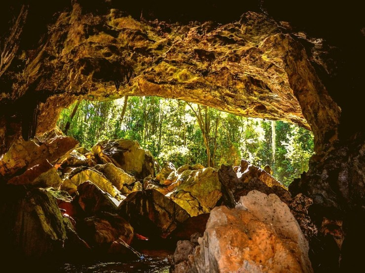 Gruta-Bacaetava-em-Colombo-turismo-Curitiba 15 cidades bate e volta de Curitiba