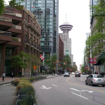 canada-centro-vancouver Fazer intercâmbio no Canadá, Vale a pena?