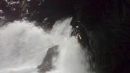 La gerbe, Gloomy Gorge