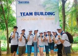 Công ty TNHH iSUCCESS tổ chức team building với mẫu áo thun đồng phục của TEES - hinh-that-100