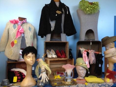 Vintage Fashion Room Photo 3