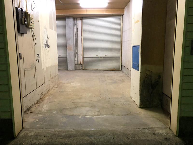 工務店倉庫の片付け