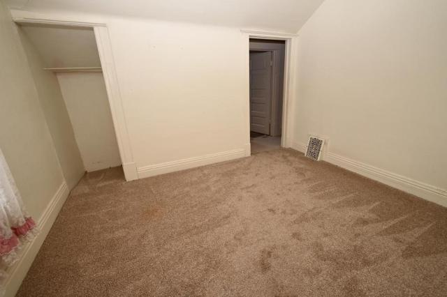 Bedroom featured at 1014 James Ave, Albert Lea, MN 56007