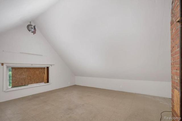 Bedroom featured at 67 Henry Clay Ave, Pontiac, MI 48341