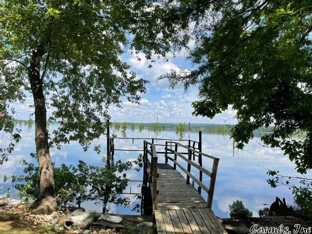 Water front featured at 13 Lakeshore Ln, Conway, AR 72032