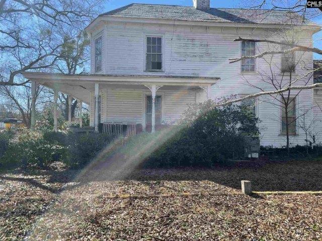 Porch yard featured at 201 Merritt Ave, Ridge Spring, SC 29129