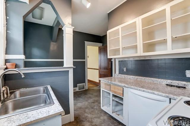 Kitchen featured at 322 Rosedale Ave S, Lima, OH 45805