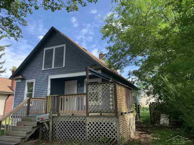 House view featured at 2314 N Oakley St, Saginaw, MI 48602