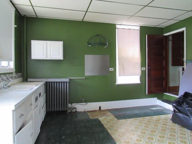 Laundry room featured at 525 Pine St, Johnstown, PA 15902