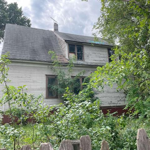 House view featured at 2872 N 21st St, Milwaukee, WI 53206