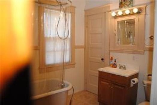 Bathroom featured at 18 Curtis Rd, Ludlow, PA 16333