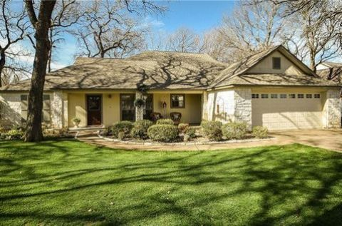 Decordova Bend Country Club In Texas 5301 Drive Granbury 76049