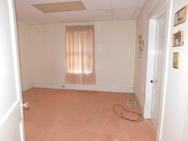 Property featured at 219 W 5th Ave, Williamson, WV 25661