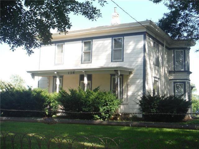 126 N Norton Ave, Nortonville, KS 66060