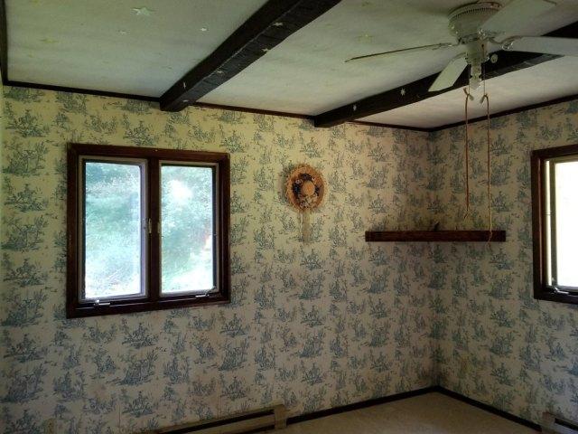 Bathroom featured at 142 Abbaguchee Ln, Richwood, WV 26261