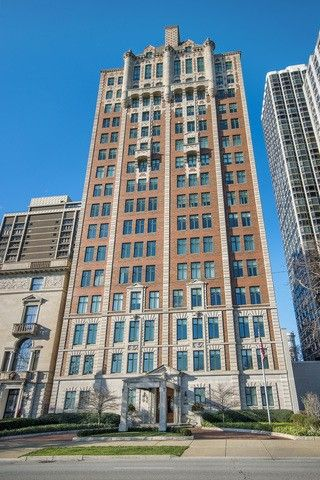 1540 N Lake S Dr Apt 8 Chicago Il 60610