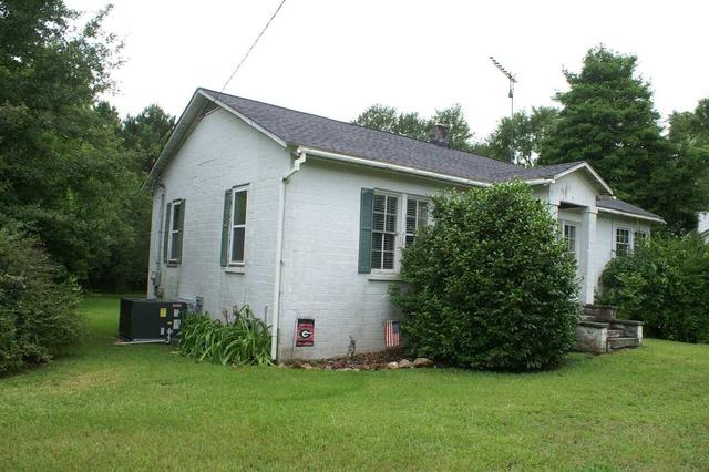 House view featured at 220 Hill Terrace St, Crawfordville, GA 30631