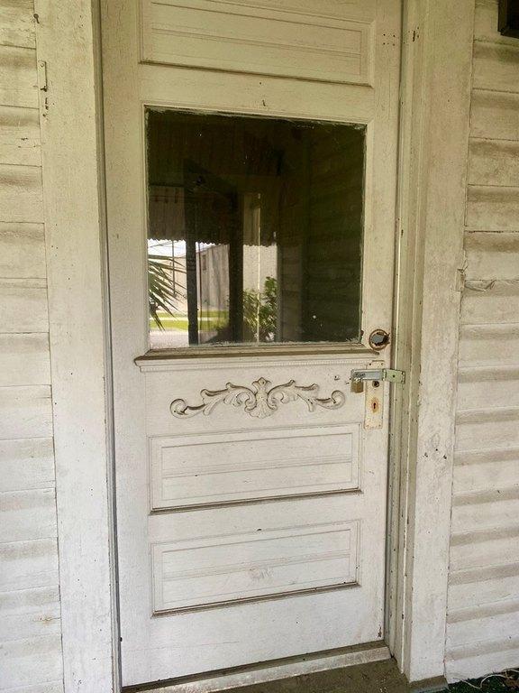 Porch featured at 705 Stephenson St, Waycross, GA 31501