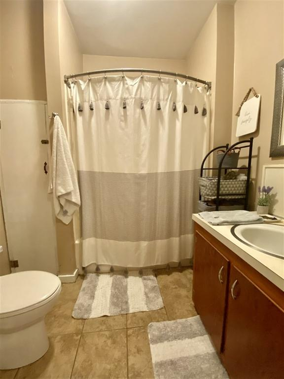 Bathroom featured at 2354 Beech Bluff Rd, Jackson, TN 38301