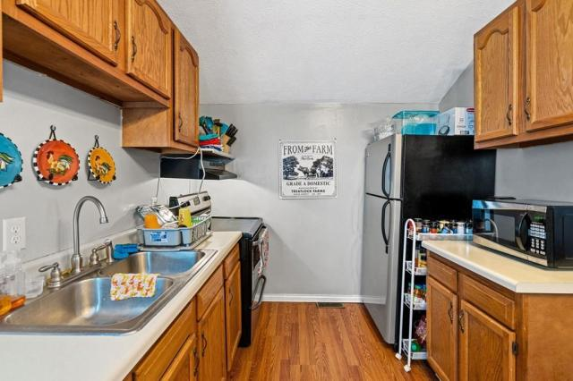 Kitchen featured at 102 Hiseville Coral Hill Rd, Glasgow, KY 42141