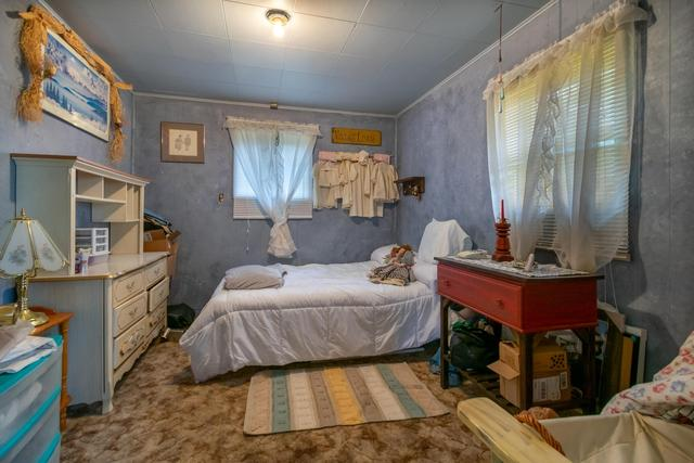 Bedroom featured at 210 2nd Ave SW, Cut Bank, MT 59427