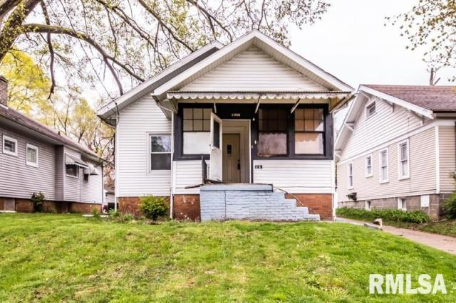 House view featured at 1904 N Linn St, Peoria, IL 61604