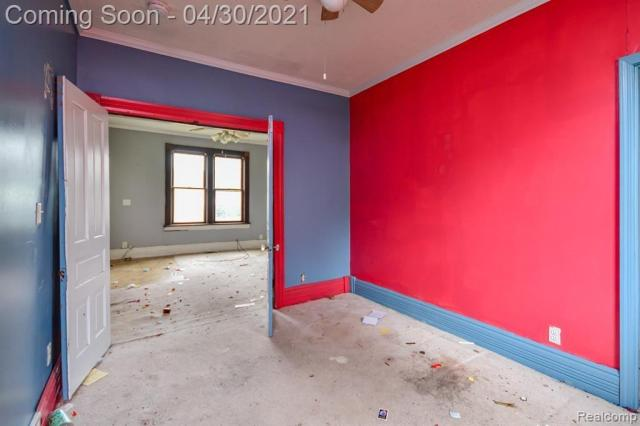 Bedroom featured at 171 Court St, Mount Clemens, MI 48043