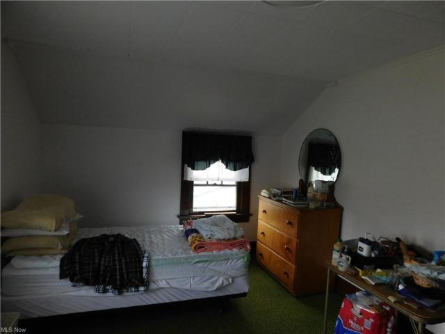 Bedroom featured at 117 May Rd, Follansbee, WV 26037
