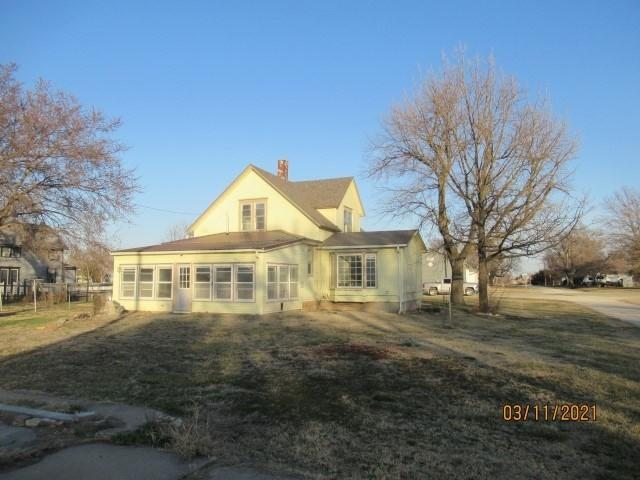 House view featured at 222 Main St, Burdick, KS 66838