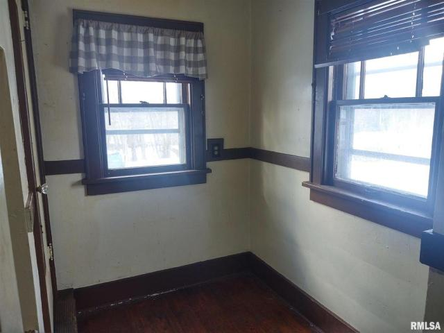 Property featured at 2221 N North St, Peoria, IL 61604