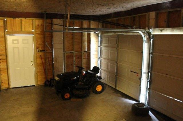 Garage featured at 2955 SW SR 14 Hwy, Madison, FL 32340