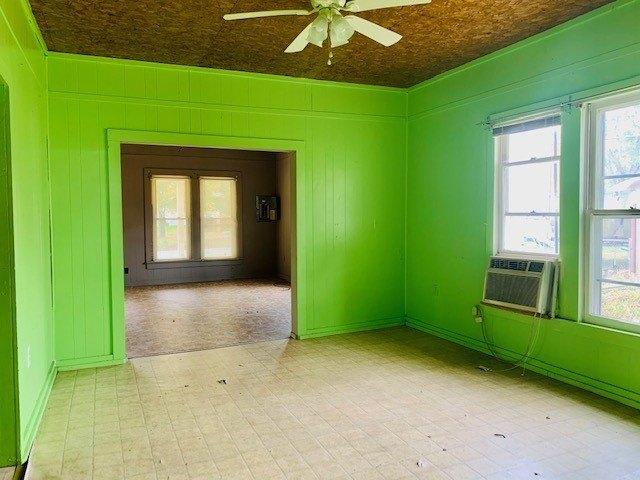 Bedroom featured at 120 Mabry Cir, Savannah, TN 38372