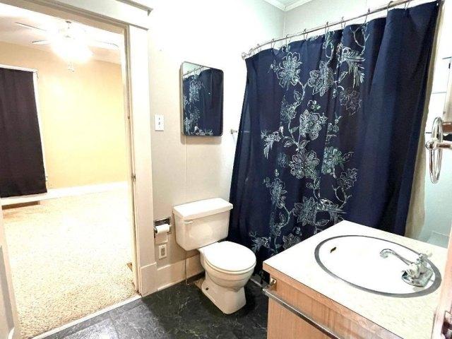 Bathroom featured at 403 S Sycamore St, Centralia, IL 62801