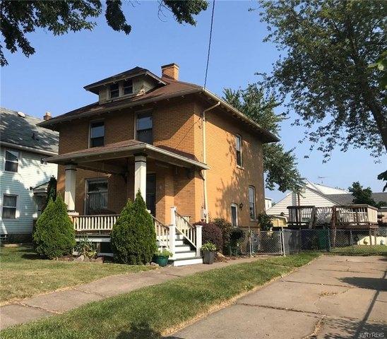 House view featured at 2456 Ontario Ave, Niagara Falls, NY 14305