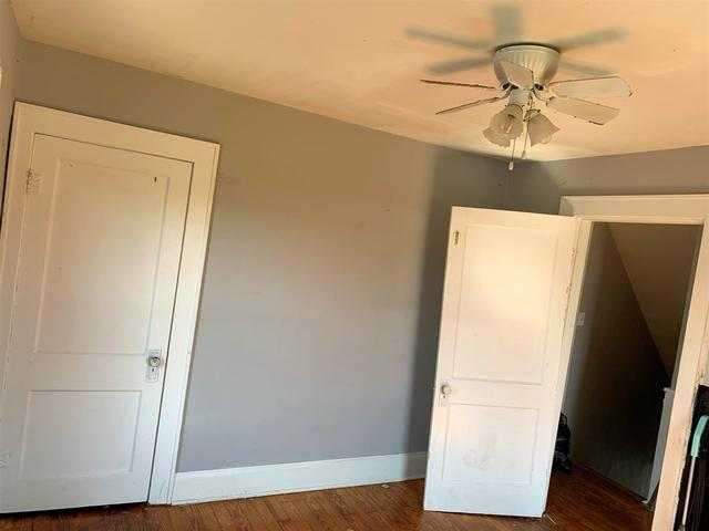 Bedroom featured at 2806 S 29th St, Ashland, KY 41102