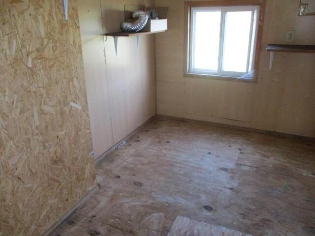 Bathroom featured at 5485 E Napier Ave, Benton Harbor, MI 49022