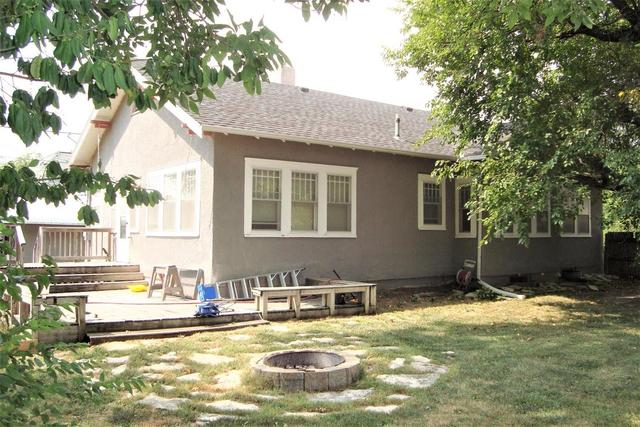 Porch yard featured at 815 E Main St, Marion, KS 66861