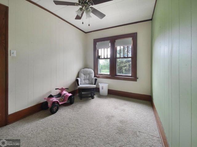 Bedroom featured at 123 Highland Ave, Dumont, IA 50625