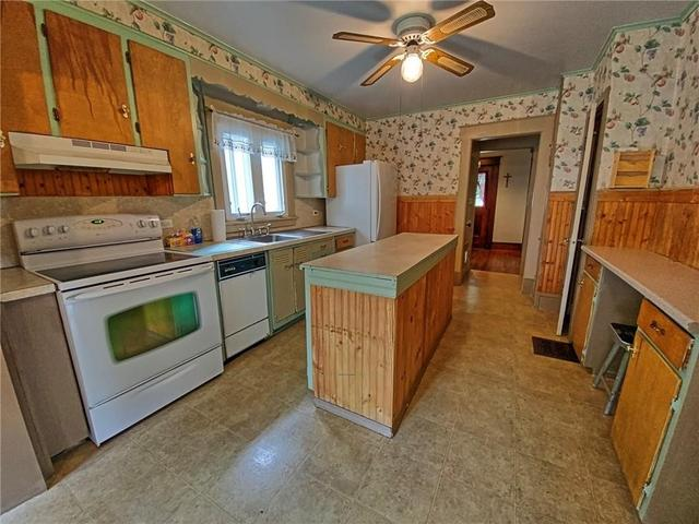 Kitchen featured at 415 W Union St, Newark, NY 14513