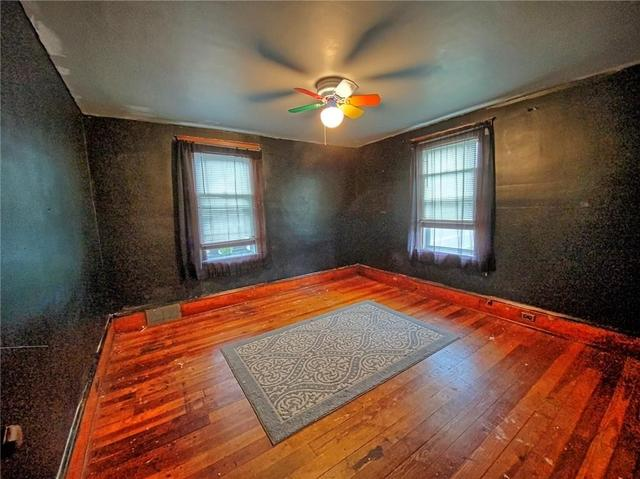 Bedroom featured at 415 W Union St, Newark, NY 14513