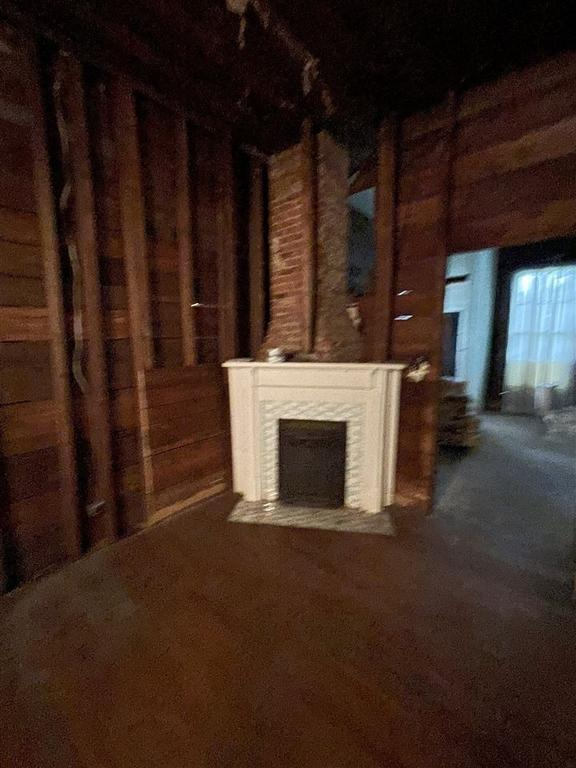 Living room featured at 403 College St S, Halls, TN 38040