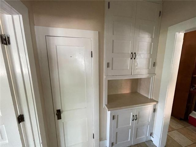 Laundry room featured at 131 N Taylor Ave, Decatur, IL 62522