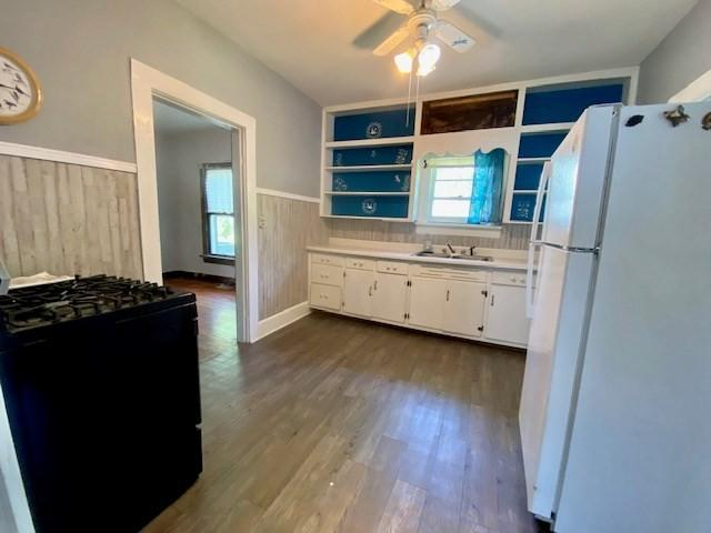 Bedroom featured at 243 W Noel Ave, Madisonville, KY 42431