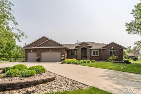 Photo Of  Rolling Thunder Ln Sioux Falls Sd  House For Sale