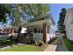 "<div></img>1227 Arthur Ave</div><div>Racine, Wisconsin 53405</div>"" data-original=""/img/cdn/assets/layout/patch_white_bg.jpg""></a></figure><div class="